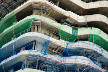 Infortunio in cantiere edile non segnalato: chi paga i danni?