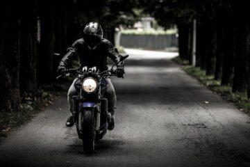 Come sospendere assicurazione moto