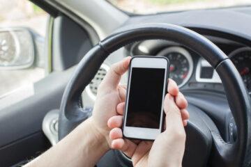 Come contestare una multa per uso cellulare