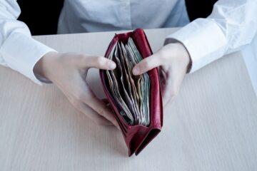 Pensioni: slitta lo stop al taglio