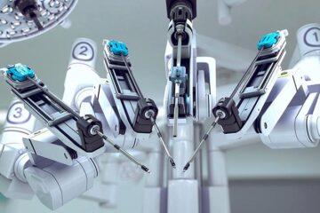 Tumori, ecco i robot che fanno da chirurghi