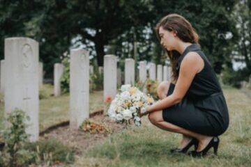 Pensione di reversibilità contesa tra vedova ed ex moglie