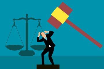 Patteggiamento: chi paga le spese legali?