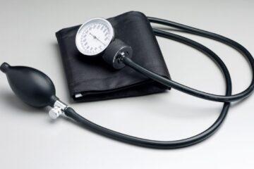 Come misurarsi la pressione da soli