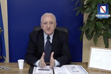Covid, nuova ordinanza in Campania e problemi alla Camera