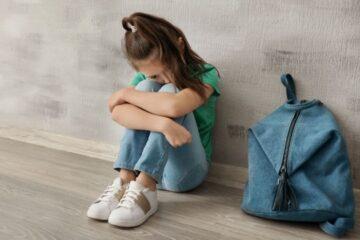 Rapporti a distanza con minori: è violenza?