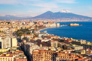 Covid: ora in Campania si minaccia il lockdown