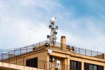 Accesso al tetto per manutenzione antenna