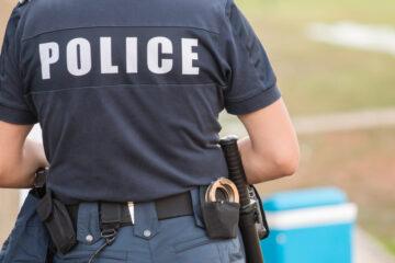 La parola di un poliziotto ha più valore?