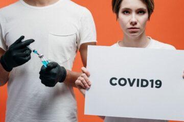 Covid: vaccino al via prima del previsto ma con meno dosi
