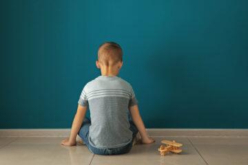 Autismo: sintomi, cause e trattamento