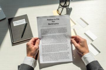 Decreto ingiuntivo sospeso: si paga l'imposta di registro?