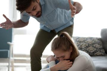 Violenza psicologica: cos'è e come riconoscerla