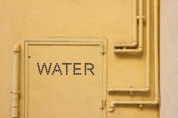 Acqua in condominio: norme e regole