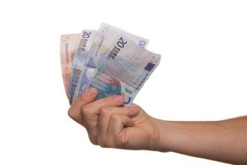 Prestito non restituito: perché aumenta il debito