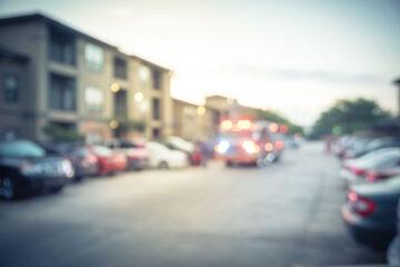 Incidente in condominio: chi paga