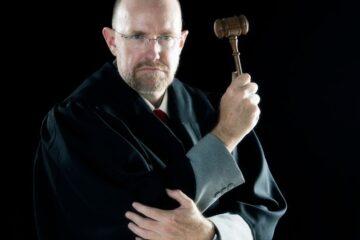Interpretazione sfavorevole della legge: può essere retroattiva?