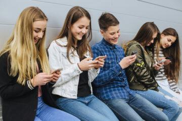 Social network e giovanissimi: vantaggi e pericoli
