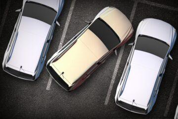 Auto parcheggiata male: quando si rischia la multa