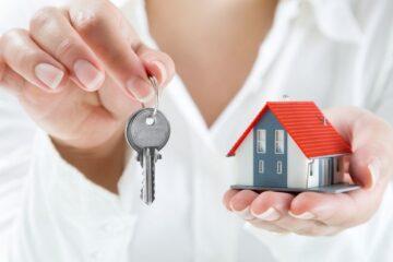Immobile restituito in ritardo: quanto paga l'inquilino?
