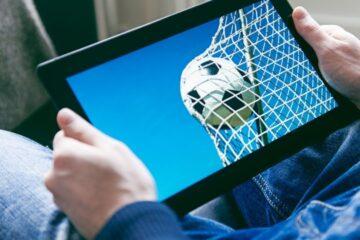 Cosa rischia chi guarda partite in streaming?