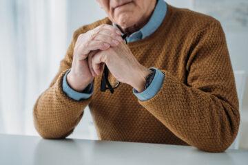 Pensione dopo la morte: rischi per il cointestatario del conto
