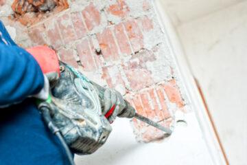 Abuso edilizio: va demolito se dentro vive un disabile?